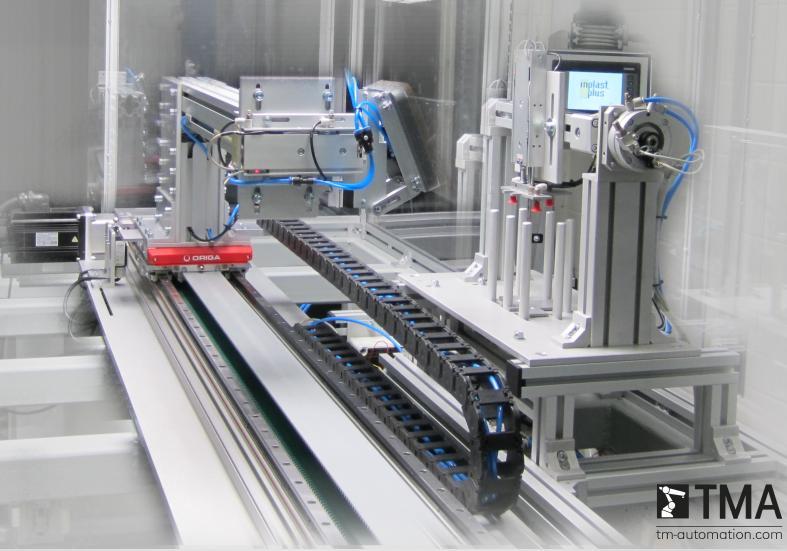 Robot IML - aplikacja zrealizowana przez TMA i ARA Pneumatik